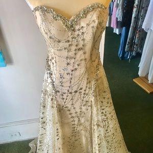 Tiffany Gown NWT